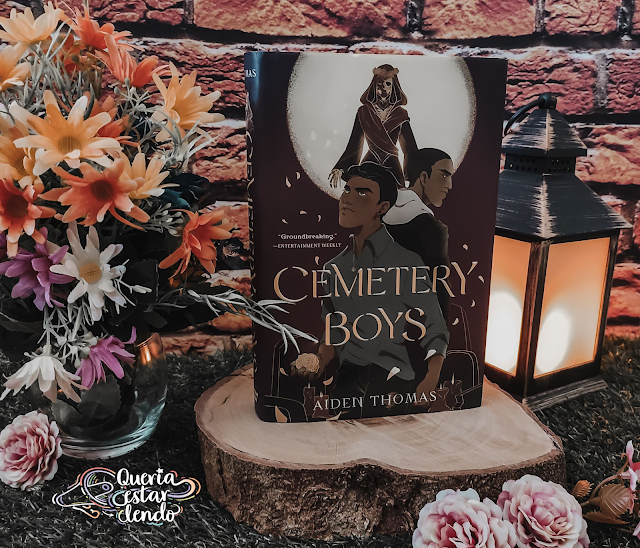 Resenha: Cemetery Boys (Os Garotos do Cemitério) - Aiden Thomas