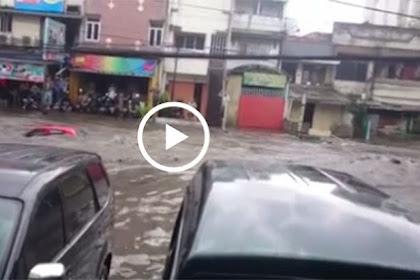 Banjir di Pagarsih Bandung, Mobil Hanyut Diterjang Banjir, Lihat Videonya