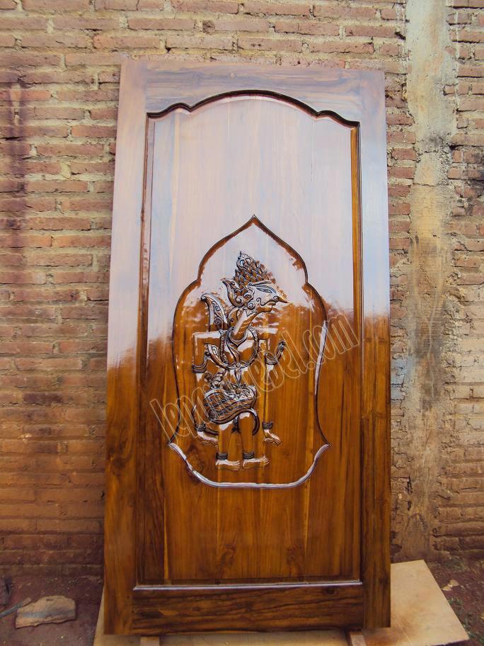 gambar daun pintu jati tua