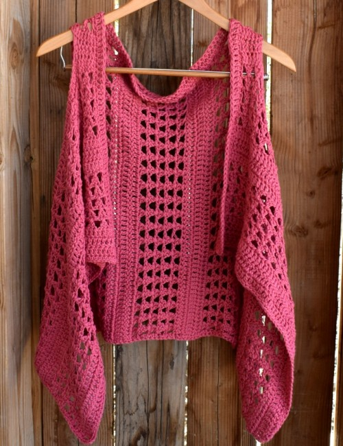 XOXO Summer Crochet Vest - Free Pattern