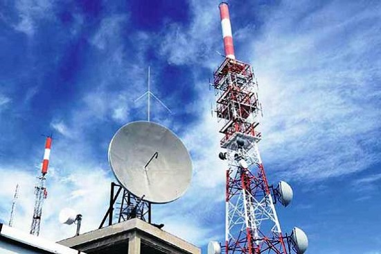 Government approved hiving off BSNL Towers into new company, sanctioned financial assistance of Rs 627 crore for surrendering 800MHz CDMA Spectrum