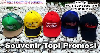 Topi adalah salah satu Ide Kado unik Untuk Ulang Tahun Papa