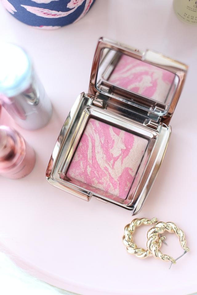 Hourglass Ambient Lighting Blush in Luminous Flush