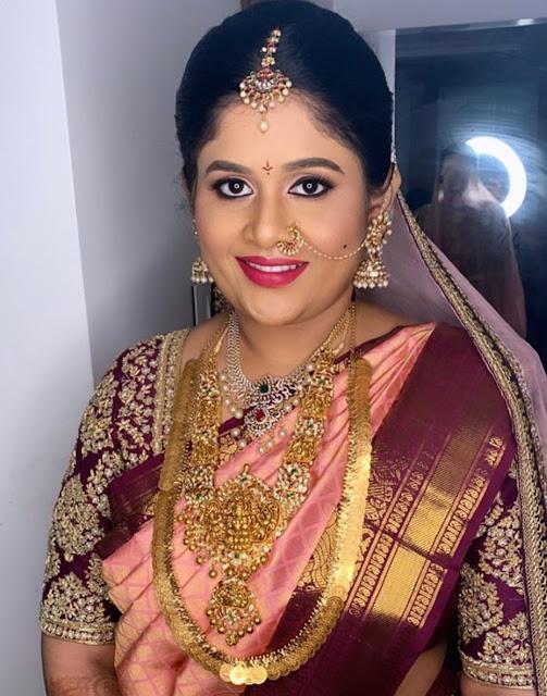Bride in Lakshmi Kasu Mala Diamond Set