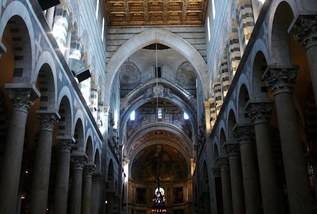 Estrutura da Catedral de Pisa