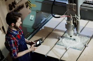 Penyiapan Dan Pengoperasian Mesin CNC