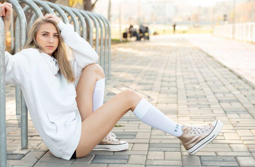 AlisonnGee Model GlamourCams
