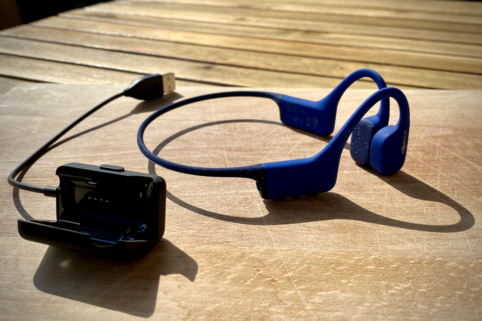 Aftershokz Xtrainerz Charging//Data Cable