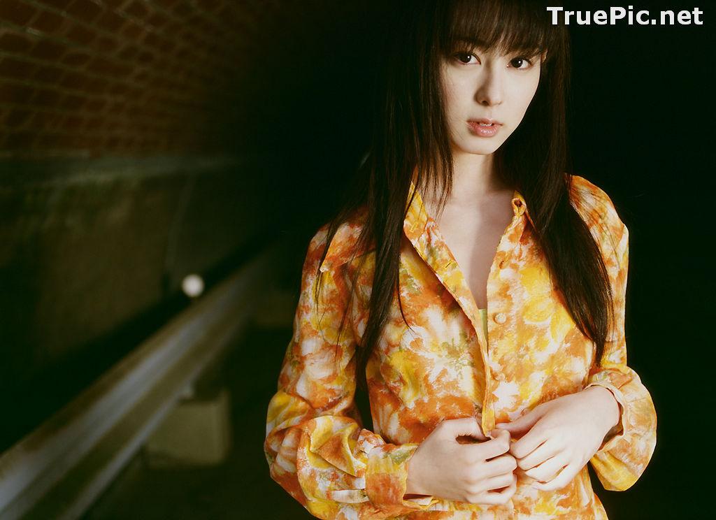 Image Image-TV Album Waiting for Me - Japanese Actress and Gravure Idol - Rina Akiyama - TruePic.net - Picture-4