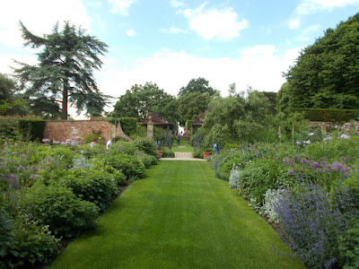 Long borders Inspiring ideas from Hidcote Green Fingered Blog