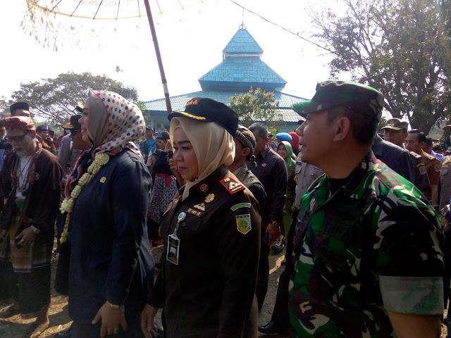 TMMD ke-105 Di Karawang, Bupati Cellica Ajak Rajut Kembali Gotong Royong Antar Warga