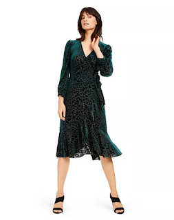 https://www.macys.com/shop/product/calvin-klein-burnout-animal-print-wrap-dress?ID=9758525&CategoryID=5449&swatchColor=Malachite#fn=sp%3D1%26spc%3D3%26ruleId%3D78%26kws%3Dcalvin%20klein%20burnout%20animal-print%20wrap%20dress%26searchPass%3DallMultiMatchWithSpelling%26slotId%3D1