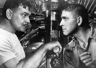 top sepuluh film kapal selam run silent run deep