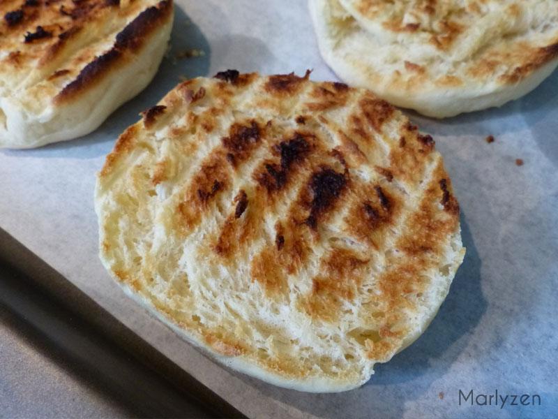 Demi muffin toasté.