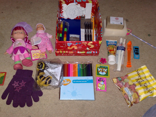 Sample girls operation christmas child shoebox and contents