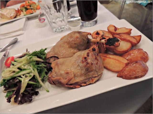 Pato Confitado del Restaurante Bistro Sous le Fort, Ciudad de Quebec