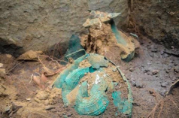Ακέραιος τάφος Τυρρηνού πρίγκηπα με κτερίσματα ανακαλύφθηκε στην Ιταλική