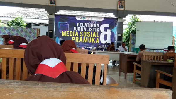 SMA Negeri 1 Ngraho Ikut Pelatihan Jurnalistik Pramuka Kwaran Ngraho