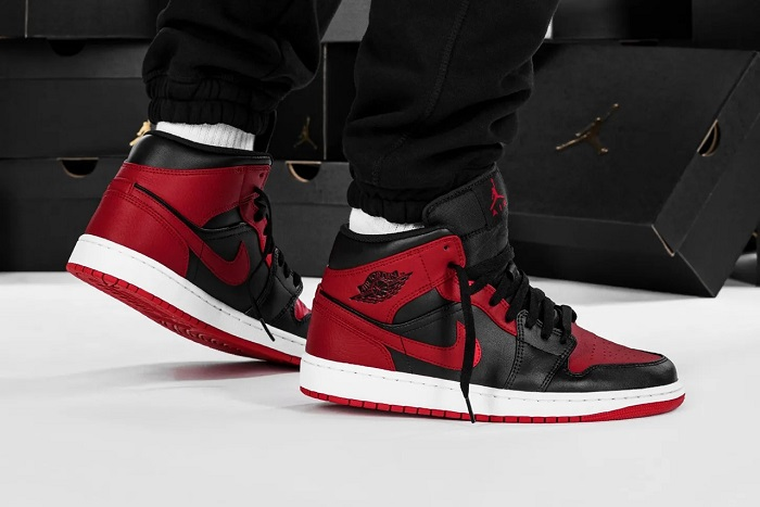 "Air Jordan 1 Mid ""Banned"" Is Not The ""Bred"""