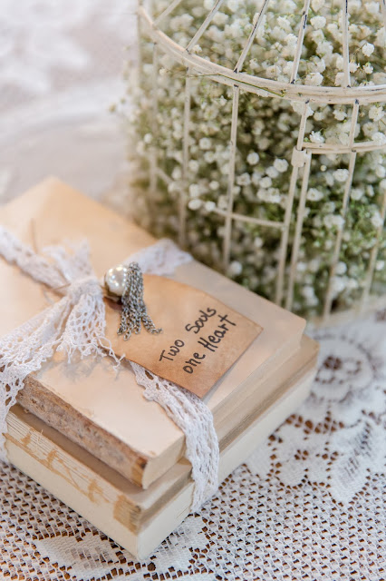Centerpiece Decor at Shenandoah Mill by Micah Carling Photography