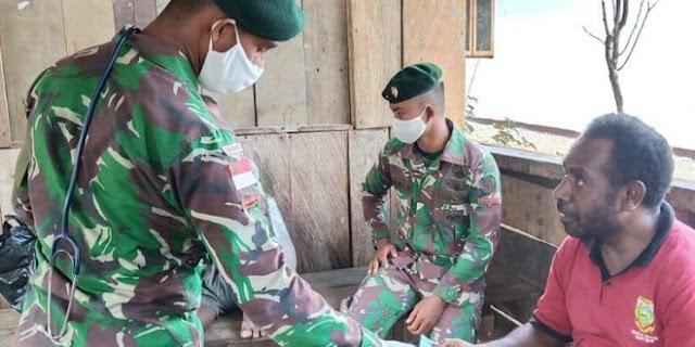 Satgas Raider 300 Membina Tali Persaudaraan di Perbatasan RI-PNG