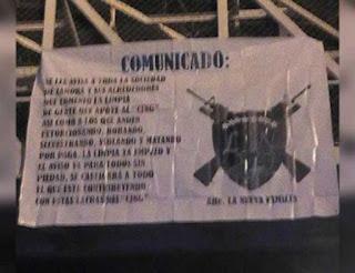 Aparecen narcomantas en Michoacán
