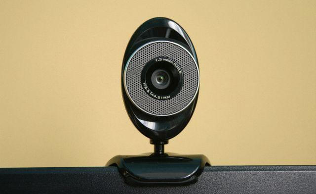 ESET identificó vulnerabilidad en cámaras web que permite espiar a su dueño