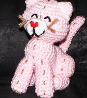 http://www.ravelry.com/patterns/library/free-pattern--custard-the-kitty-a-crochet-pattern