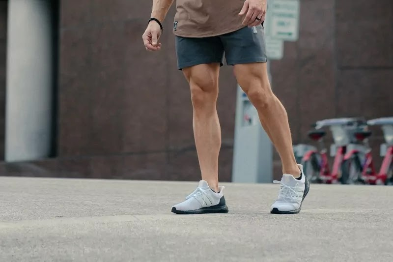 Leg workouts for teenage guys at home.