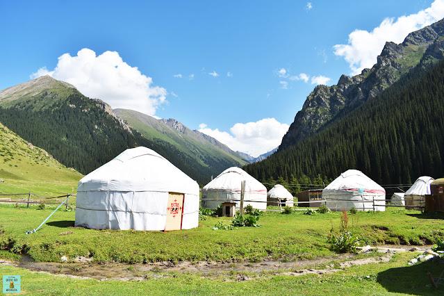 Yurtas en Kirguistán