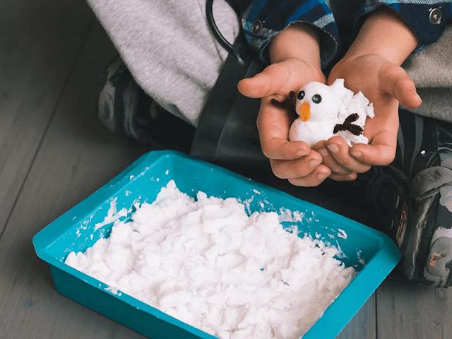 Simple Fake snow recipe from KiwiCo