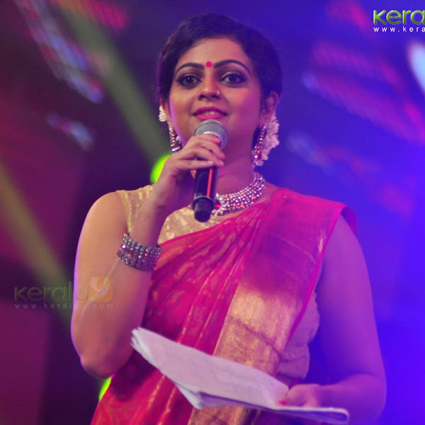 Aswathy latest photos in saree from Kerala state film awards 2016