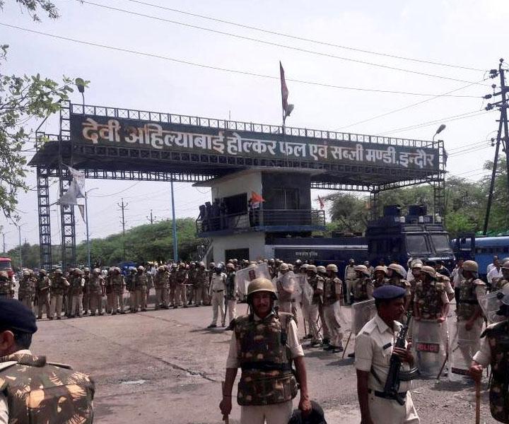madhya_pradesh_farmers_protest