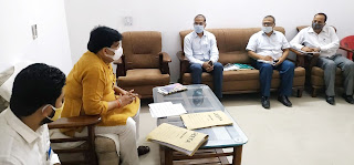 #JaunpurLive : हैदर अब्बास ने अधिकारियों के साथ की समीक्षा बैठक