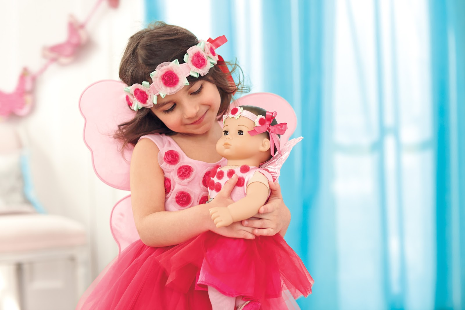 New images of Baby doll.  Baby Re born real doll play toy for girls.The dolls are designed very well