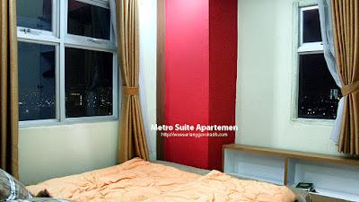 2 Kamar Tidur, Ruang tamu, dapur, kamar mandi Air panas, AC, TV. Full Furnish.