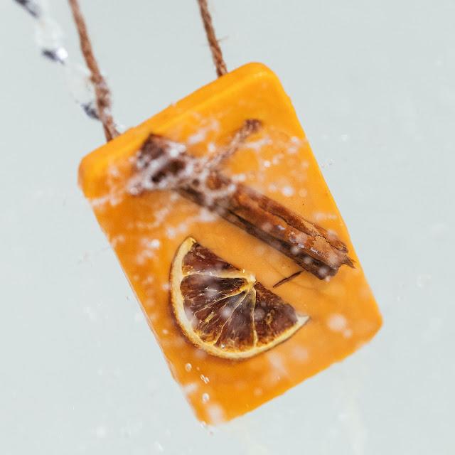 Huile pour le bain Orange à la cannelle