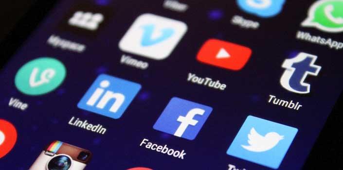 Importance of logo in social media