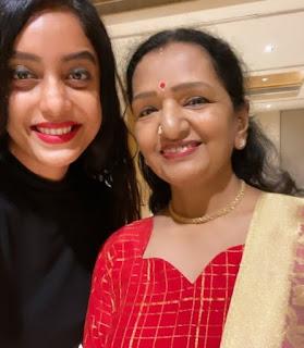 tamil actor vijay mother photo