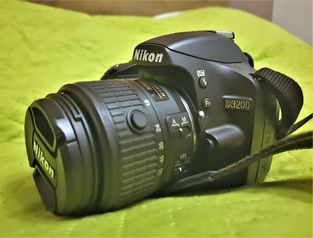 Nikon D3200 low-light performance