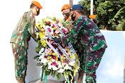 Dalam rangka rangkaian Hari Bhakti TNI AU Ke - 73 Jajaran Wingdik di Lanud Suryadharma Ziarah Ke TMP Cidongkol Subang