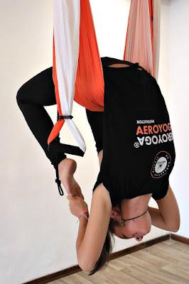 yoga acro acrobatic