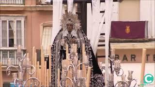 Nuestra Señora de la Soledad por la Plaza de la Catedral en la Semana Santa Cádiz 2019