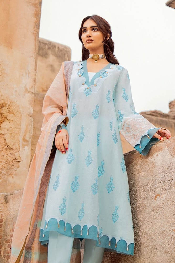 Gul Ahmed Sky blue suit embroidered jacquard collection