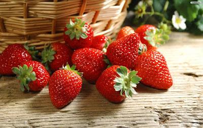 manfaat-dan-khasiat-buah-strawberry-untuk-kesehatan-dan-kecantikan.jpg