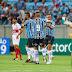Grêmio atropela o São Luiz e assume a liderança isolada