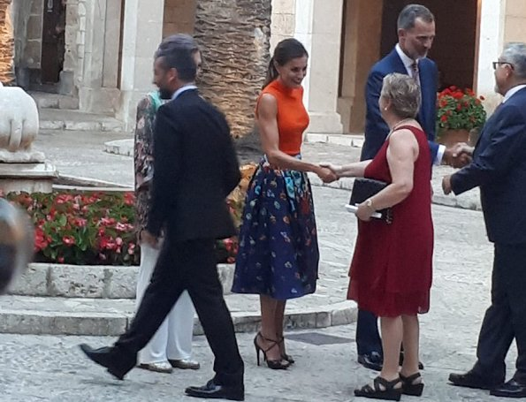 Queen Letizia wore HUGO BOSS Foebe Knit Wool Top. King Felipe VI and former Queen Sofia at summer reception. Carolina Herrera