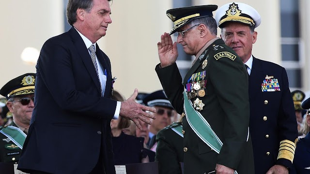 Dimiten los tres responsbales de las fuerzas armadas de Brasil: tierra, mar y aire