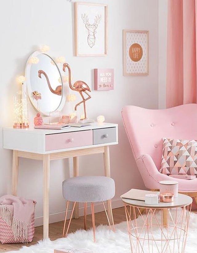 objetos de flamingo na decoração