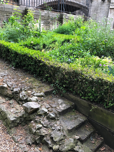 Southwark Cathedral Herb garden on chapel foundations